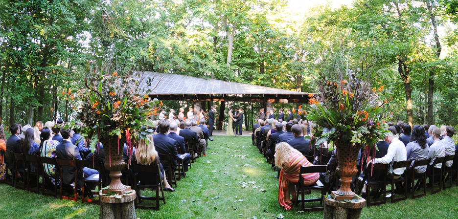 "Say ""I do"" outdoors"