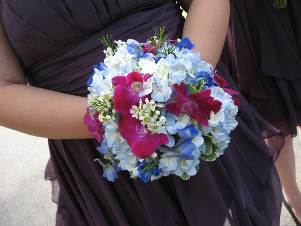 Waukesha wedding flowers: Flowers by Cammy
