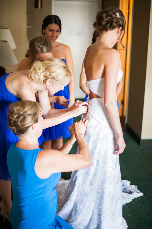 Oconomowoc wedding photography on Wed in Milwaukee by Valo Photography