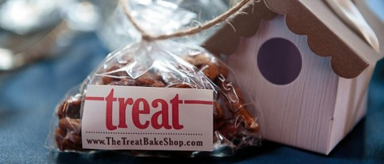 Local Milwaukee wedding favors: Treat Bake Shop