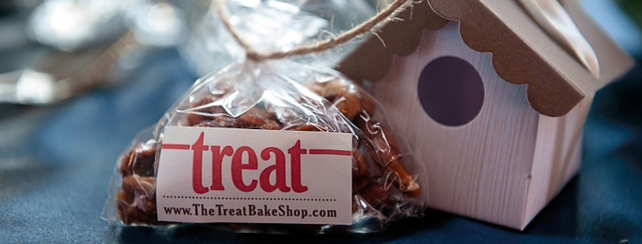 Treat Bake Shop on Wed in Milwaukee by A&A Photography.