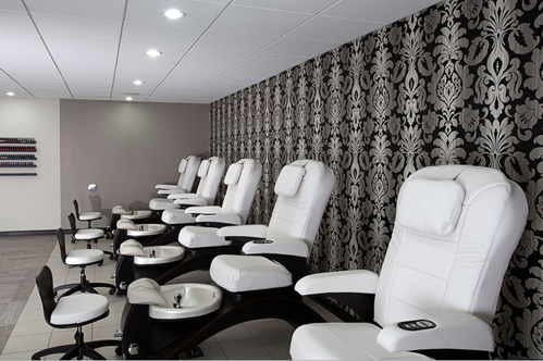 Milwaukee wedding nails: Polished Nail Bar on Wed in Milwaukee
