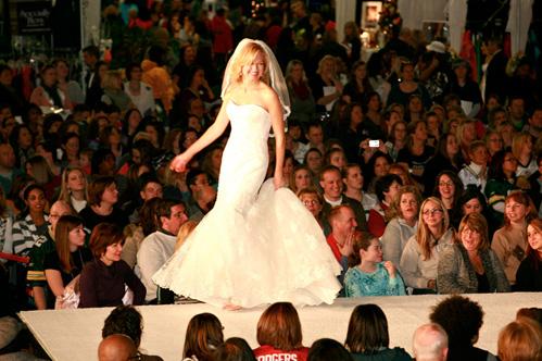 Wonderful world of weddings on Wed in Milwaukee.