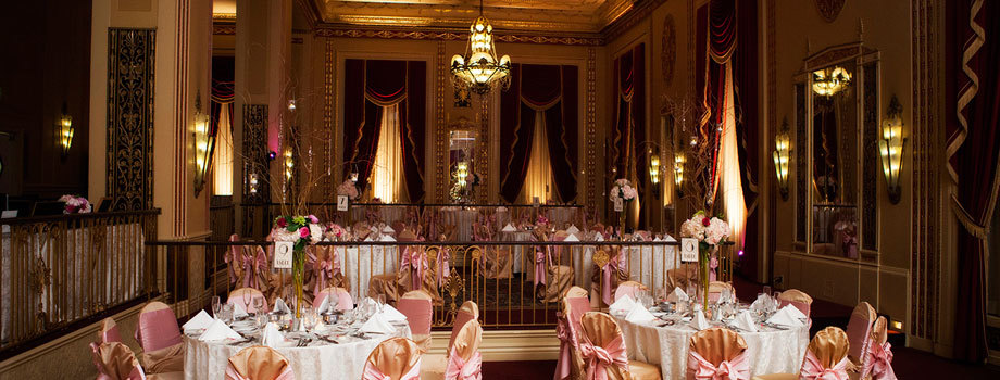 5 reasons to hire a wedding coordinator