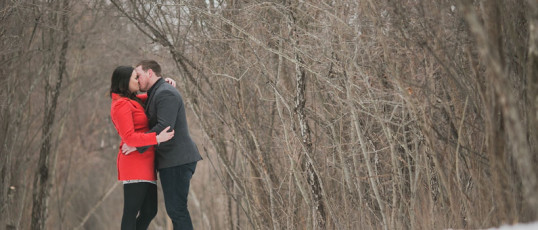 Jessica & Rob's Whitnall Park engagement