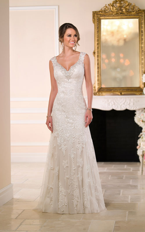 Wedding Dresses For Petite Bodies : Wedding dress style guide for your body type wedinmilwaukee