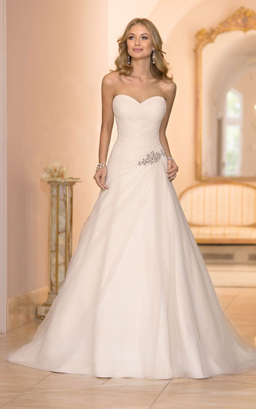Wedding Dress Style Guide For Your Body Type